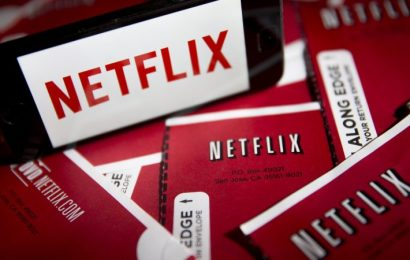 Netflix to crunch streaming bandwidth to ease broadband congestion