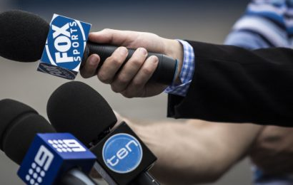Fox Sports axes news staff, citing weak advertising conditions
