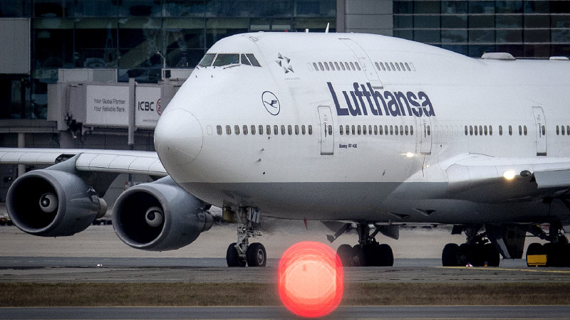Lufthansa asks for government support as coronavirus bites airlines