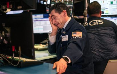 Years Going Past in a Day for S&P 500 Traders in History's Grip