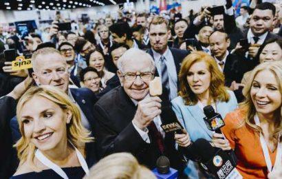 Warren Buffett Bars Shareholders From Berkshire's Meeting Over Virus