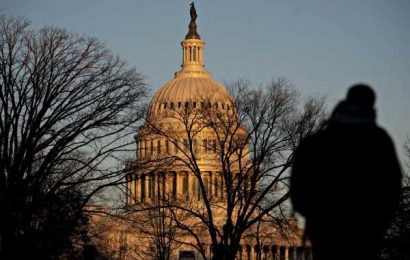 Congress Weighs How to Pump Cash, Confidence to Virus-Weary U.S.