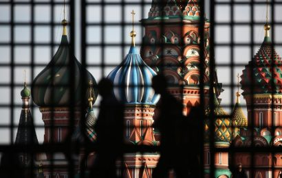 Moscow Orders Residents to Stay Home as Coronavirus Spreads