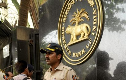 RBI crack team in secret location keeps financial system going