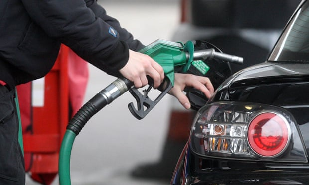 UK supermarkets could cut petrol prices if cost of crude oil stays down