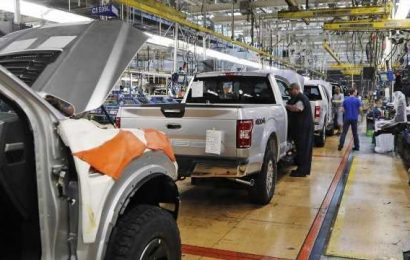 US 'probably' in a recession: Former Ford CEO