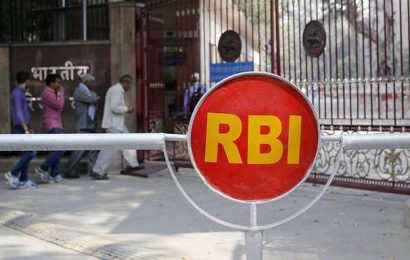 RBI relaxes export rules, allows States and UTs to borrow more