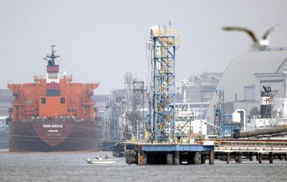 Forced to Store Fuel at Sea, Oil Refiners at Breaking Point