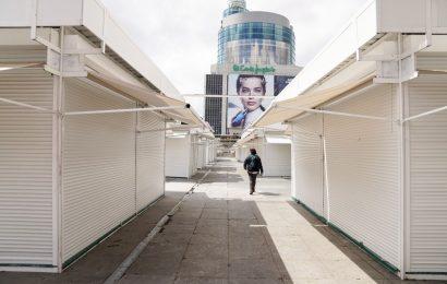 Spain to Extend Lockdown as Coronavirus Deaths Pass 20,000