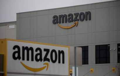 Amazon Exec Called Fired Worker 'Not Smart' in Leaked Memo
