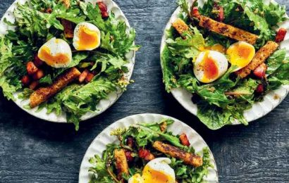 You Know What You Need for Lunch? A Saladof Baconand Eggs