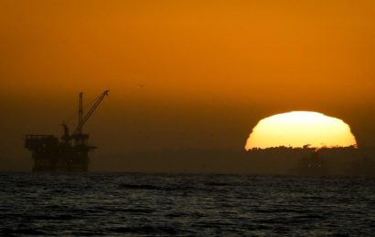 As oil piles up, producers look to supertankers for storage