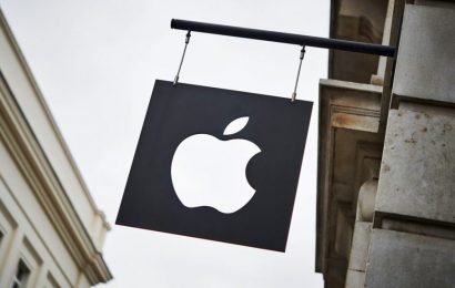 Apple Plans To Reopen Some Of Its U.S. Stores Next Week