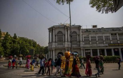 Billionaire Defends Workers' Rights as Indian States Dilute Laws