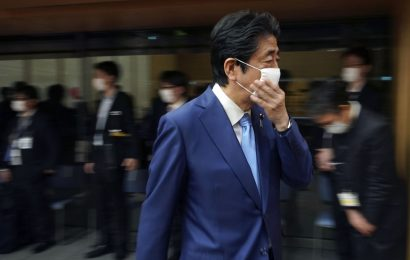 The Worst May Be Coming for Japan's Abe Even as Virus Eases