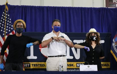 Cuomo Pushes to Make Mask-Wearing Part of New York's Culture