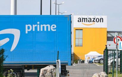 Big Tech's Earnings Triumph Belies the Economic Pain Ahead