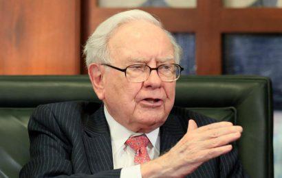 Warren Buffett: 'American magic' will overcome coronavirus