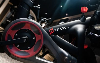 Peloton Shares ClimbWith Fitness Buffs Steering Clear of Gyms