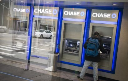 JPMorgan Will Ditch Customers Who Racially Abuse Its Workers