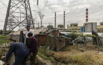 China Power Giants Prepare for World's Biggest Carbon Market