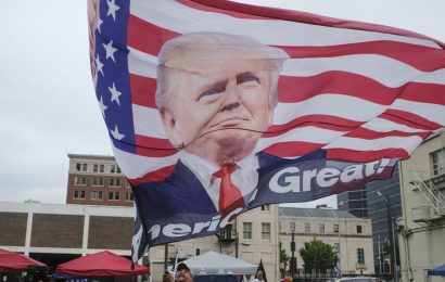 Trump Can Hold Rally After Court Rejects Covid-Risk Claim