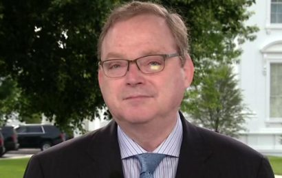 Next coronavirus relief bill could include changes to unemployment benefits, Hassett says