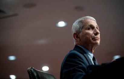 Nearly 3,500 Public Health Experts Sign Letter Defending Fauci Amid White House Attacks