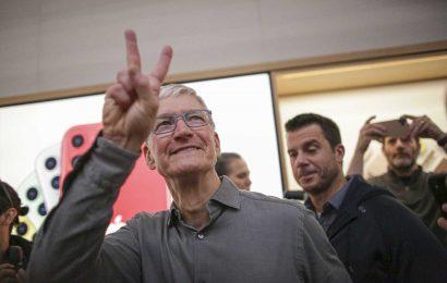 Apple posts blowout third quarter, with sales up 11% despite coronavirus disruptions