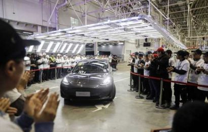 Tesla Keeps Adding China Users With Registrations Hitting Record