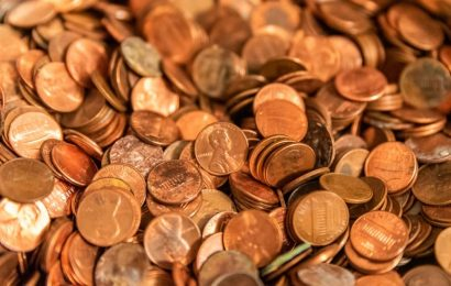Hedge fund billionaire: Stock market not recognizing risks