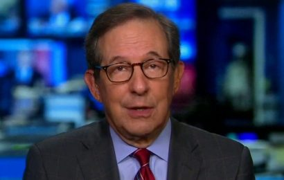 Chris Wallace: Trump may have realized he's in a hole, so 'stop digging'
