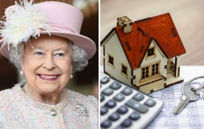 House prices: How the Queen adds 91 percent to the value of your home