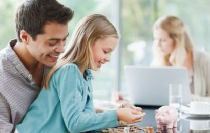 Parents struggle to talk to kids about money due to lack of confidence in their finances