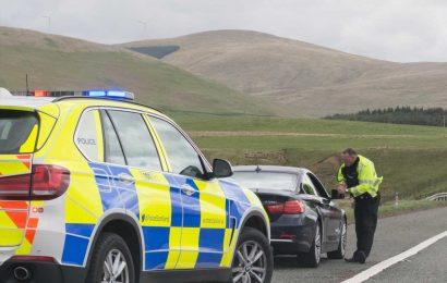 How much are speeding fines in the UK, will I get a ticket if I am 1mph over the limit and what is it on motorways and dual carriageways?