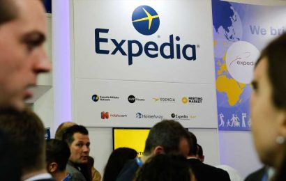 As Airbnb files to go public, traders break down where Expedia, Booking are headed