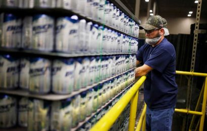Two under-the-radar ways to play the aluminum can shortage