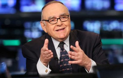 Leon Cooperman undecided on election, suggests Biden has 'decent character' but unclear policies