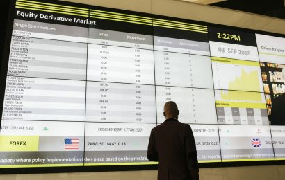 S. African Stocks Rise as WeChat Assurance Lifts Naspers, Prosus