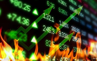 US stock futures edge higher, gold rallies