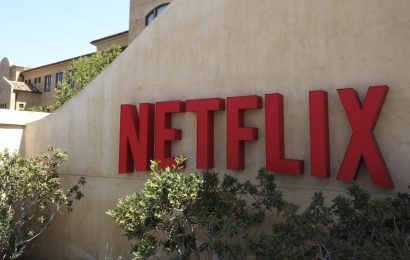 """Netflix Price Hike Is """"Probable"""" Soon, But It Won't Slow Company's Roll, Analyst Says"""