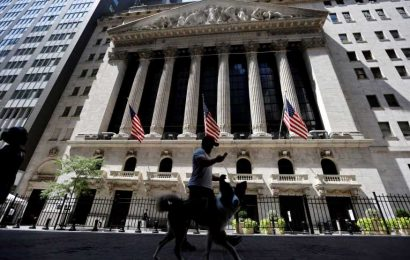 What to watch today: Dow set to turn higher but Nasdaq set for further losses