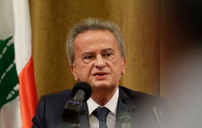 Lebanon's central bank governor won't step down, says he tried not to let the system 'collapse'