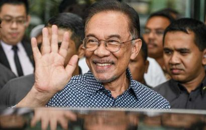 Malaysian opposition leader Anwar claims he has 'strong' majority to form government