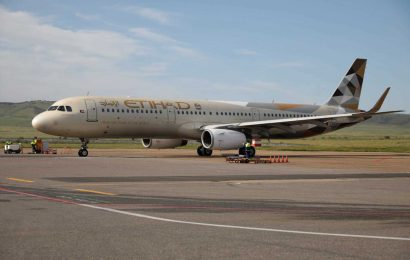 Health and safety certificates may be the new 'visas' that permit air travel, Etihad CEO says