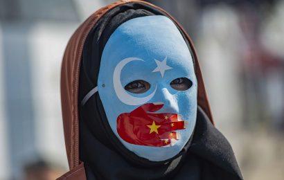 U.K. Lawmakers Condemn China's Treatment of Uighurs in Xinjiang