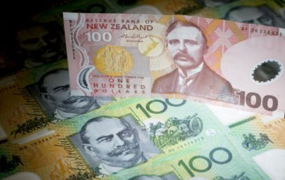 Kiwi's Rally Fades as New Zealand Braces for Negative Rates