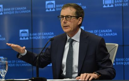 Macklem Says Bank of Canada Will Maintain Extraordinary Stimulus