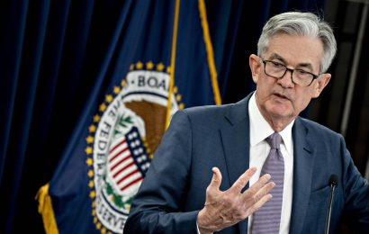 Jerome Powell Channels Alan Greenspan in Putting Stamp on Fed