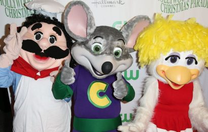 Chuck E. Cheese is plotting an animated TV show and a live-action movie starring its mouse mascot
